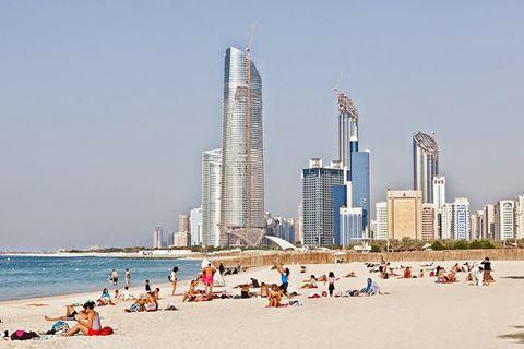 Dubai_Corniche_Beach_1